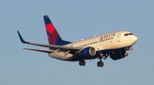 Delta uçağı 9 bin metre düştü
