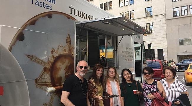New York'ta Türk Kahvesi İkramı