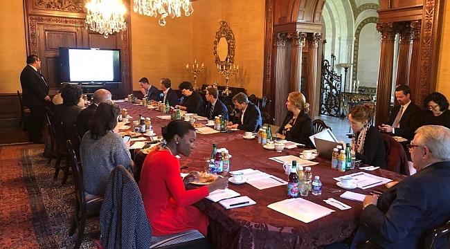 Büyükelçi Kılıç, Gazetecilere Operasyonu anlattı