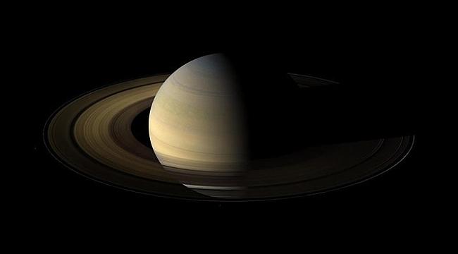 En Çok Uydu Saturn'de