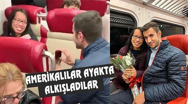 İzmirli Yiğit'ten New York Metrosunda Evlilik Teklifi