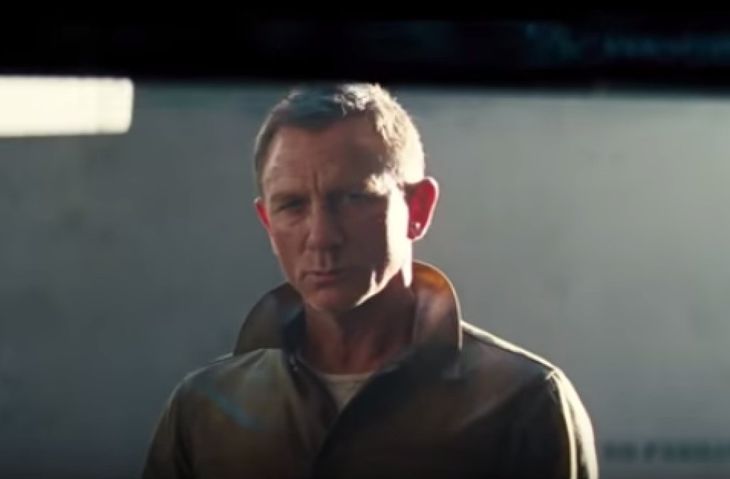 'Bond 25' first look: Daniel Craig is back as 007