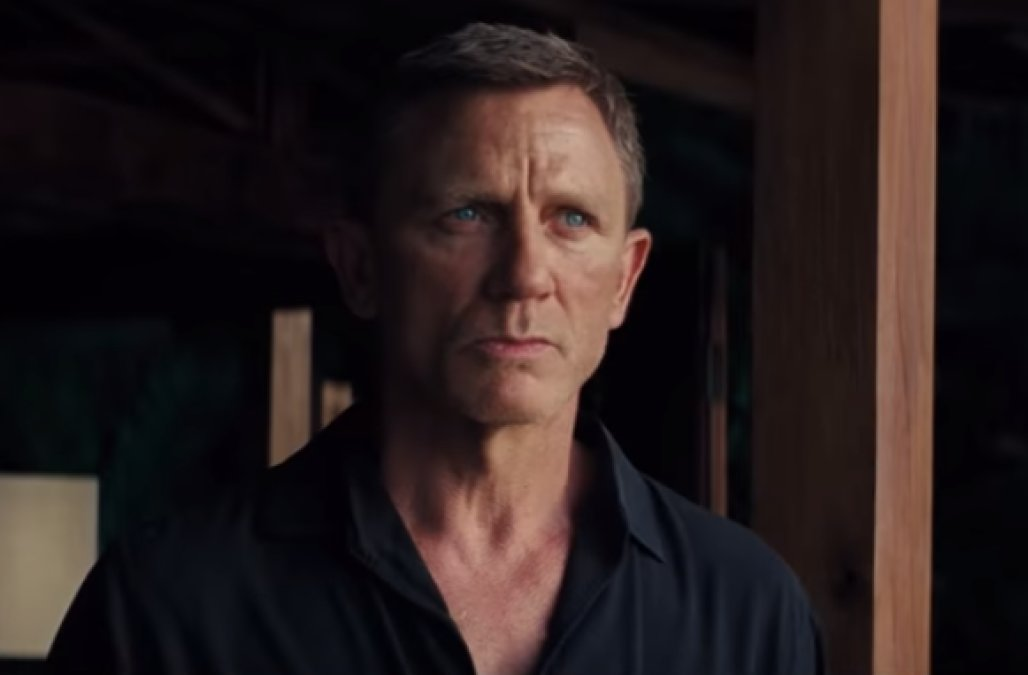 Daniel Craig returns as James Bond in 'No Time to