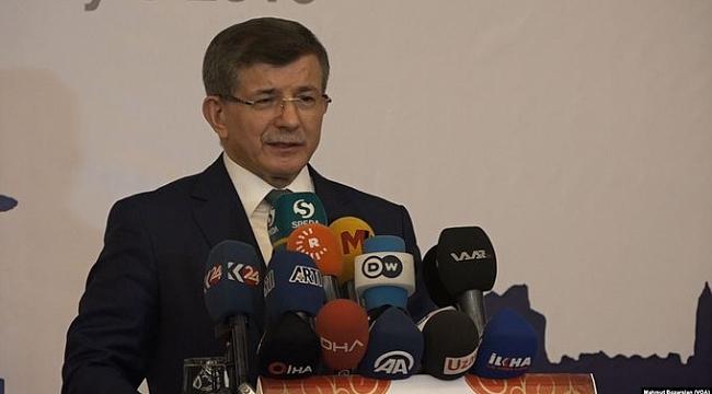 Ahmet Davutoğlu Türkiye'de Partisini Kurdu