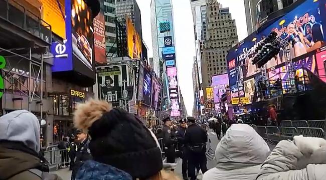 New York 2020 Yılına Times Square'de Giriyor