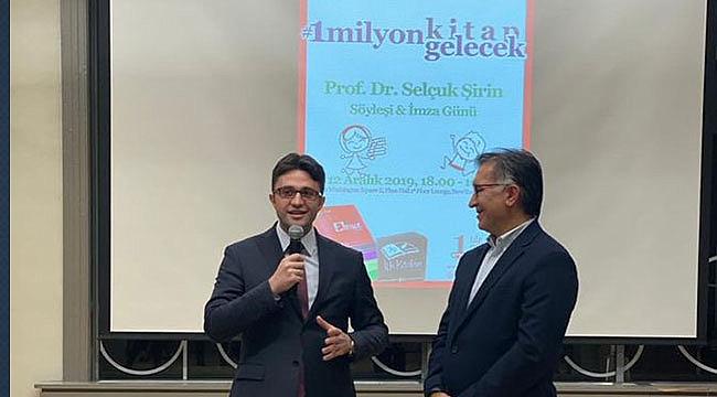 New York'ta Prof. Dr. Şirin'den 1 Milyon Kitap Kampanyası