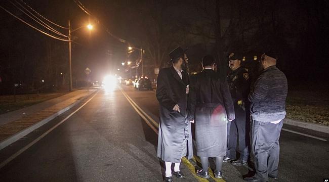 New York'ta Yahudi Din Adamı Bıçaklandı