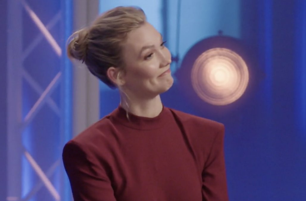 'Project Runway' contestant catches host Karlie Kl