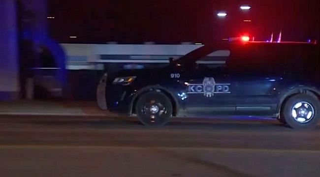 Kansas'ta Gece Kulübüne Silahlı Saldırı