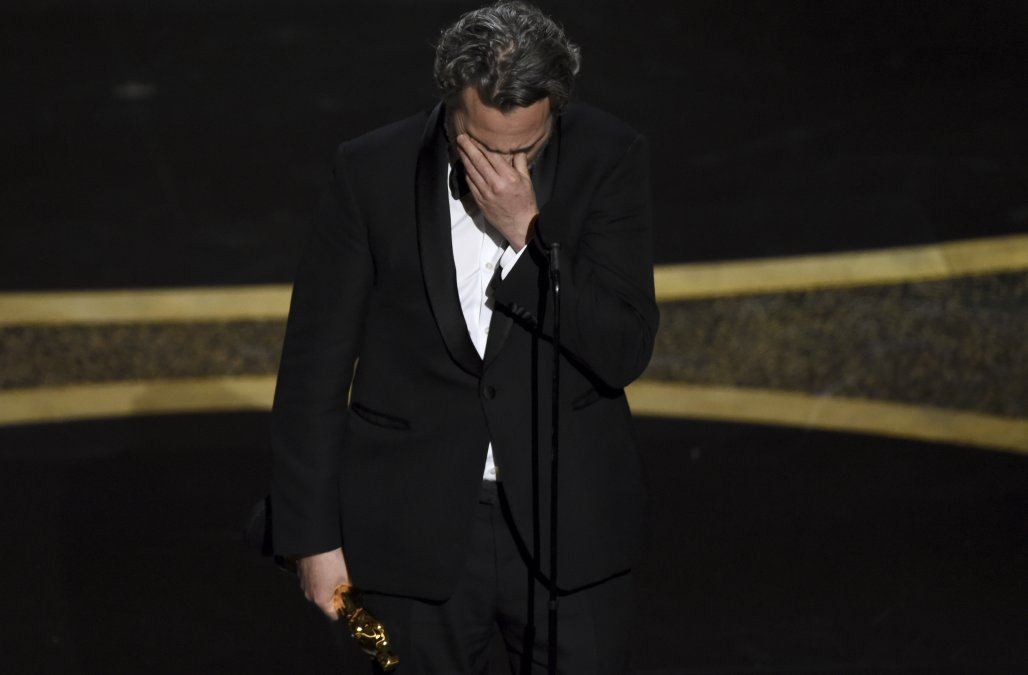 Oscars viewership hits new low with 23.6 million v