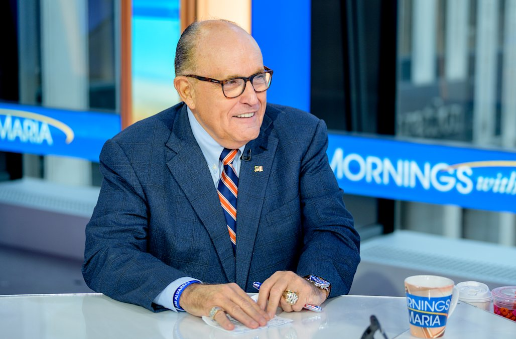 Pompeo appeared to coordinate with Giuliani on Ukr