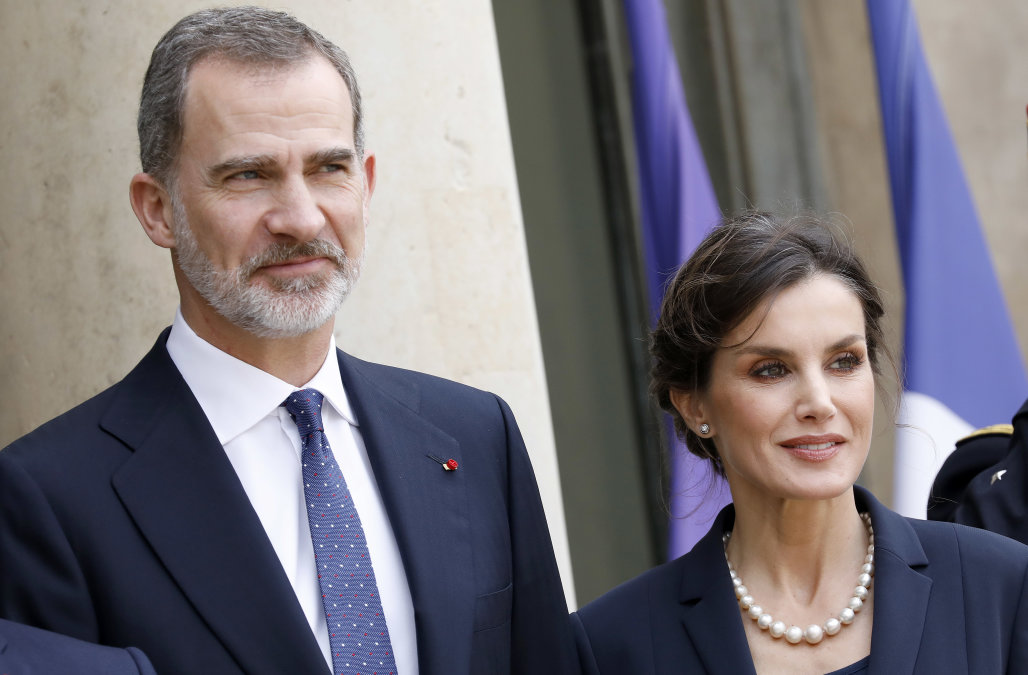 Spanish King renounces inheritance from father ami