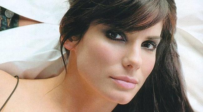 Sünnet Derisi: Sandra Bullock'un Gençlik Sırrı Şoke Etti