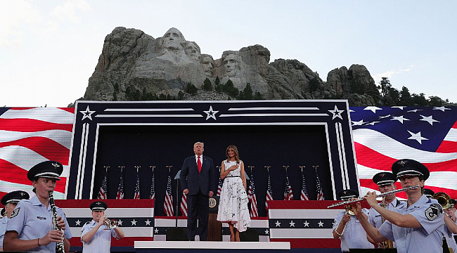 Trump Rushmore Dağı'n da