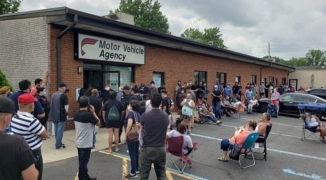 NJ Motorlu Taşıt Biriminde Uzun Kuyruk