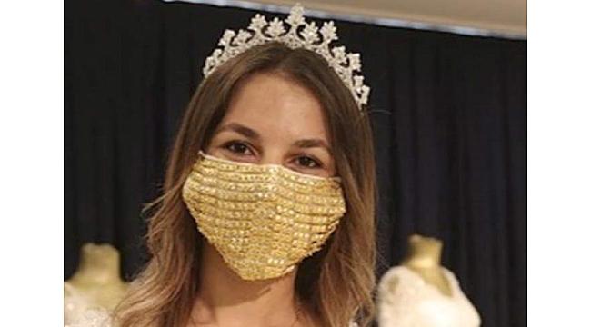 Gelinler İçin Altın İşlemeli Maske