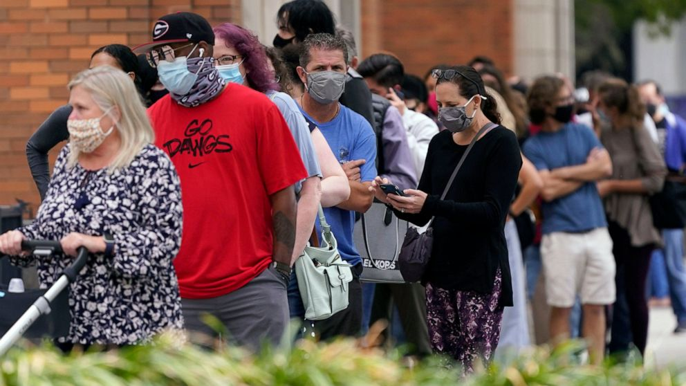 Judge says Texas mask mandate must extend to polli
