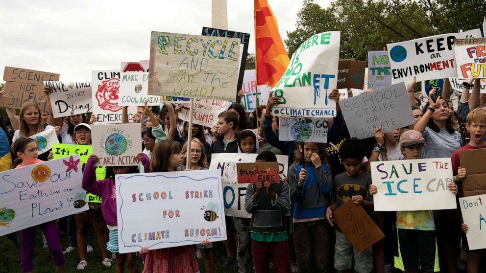 Experts call for climate change debate to move bey