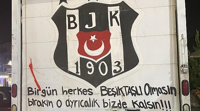 New York'ta Beşiktaş Aşkını Kamyonuna Yazdı