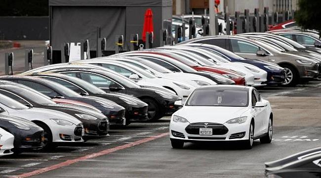 Tesla, Araçlarını Geri Toplatıyor