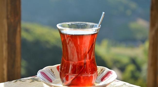 Galland'tan Virüse Karşı Öneri: Siyah Çay