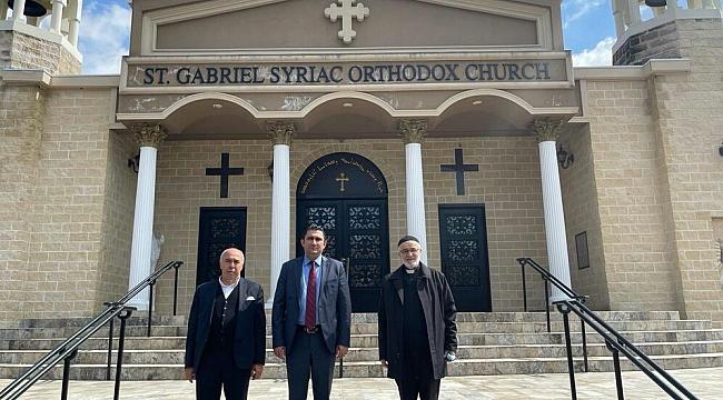 Başkonsolos Özgür'den NJ'deki Kiliseye Ziyaret