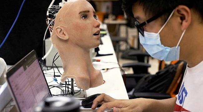 Bu da Covid-19'a Karşı İnsansı Robot Hemşire