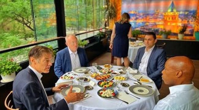 Dr. Öz ve Büyükelçi Mercan Kahvaltıda Buluştu