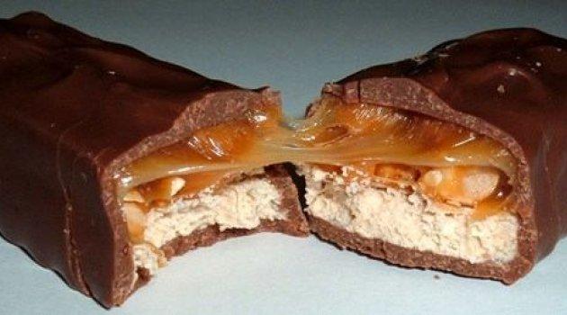 ABDli Çikolata Markası Çikolatalarını topluyor