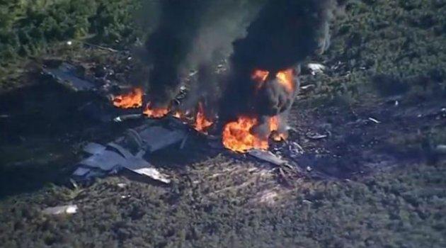Amerika'da Askeri Uçak Düştü 16 Kişi Öldü