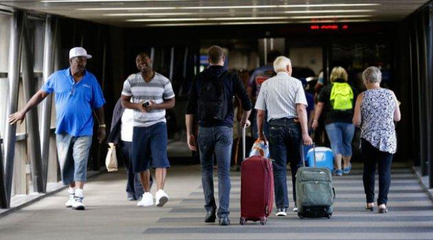 Amerikalılar Seyahat Yasağını Destekliyor