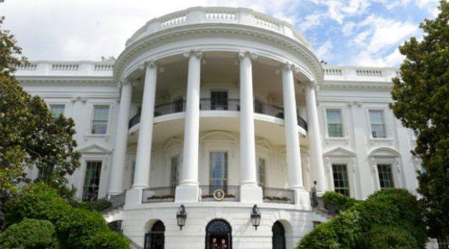 Beyaz Saray Yüzlerce Mevzuatı Rafa Kaldırıyor