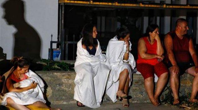 Egede Şiddetli Deprem: 2 Ölü 7 Yaralı
