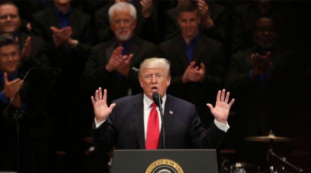 İngiliz Bebeğe Başkan Trump'tan Yardım Önerisi
