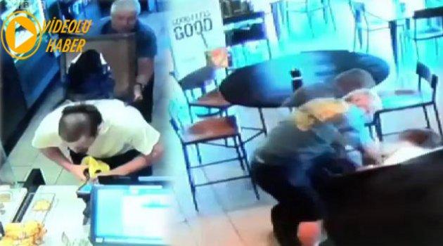 Starbuck Müşterisi Soygunu Sandalye ile engelledi